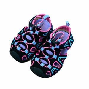 NEW Baby Girls Water Shoes/Sandals size 5